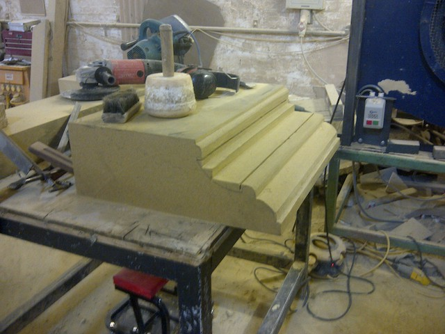 natural stone moulded parapet, with gutter2