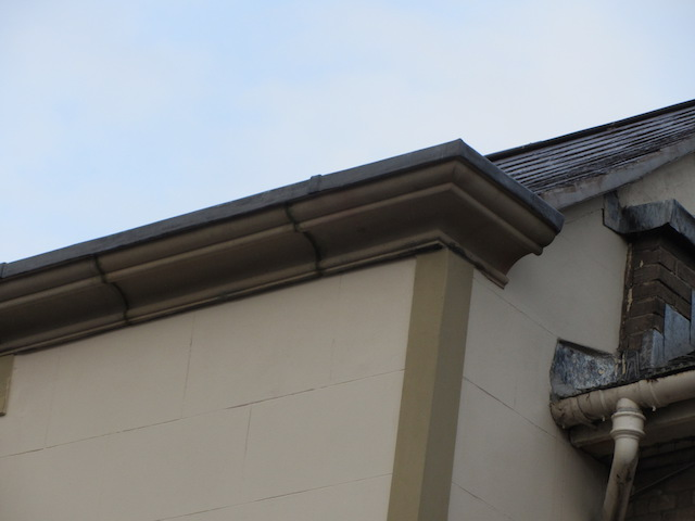 natural stone moulded parapet, with gutter5